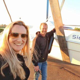 Yoehoee, vanaf morgen is onze nieuwe consoleboot 'Sydney' ook te boeken!! Op naar een heerlijke zonnige week 🌞!! Tot snel!! 👋 Ramona en Vincent #nieuwecollectie #reserveren #remus #bootjevaren #Bootverhuur #boatrentall #sloep #boat #summer #sunshine #dagjeuit